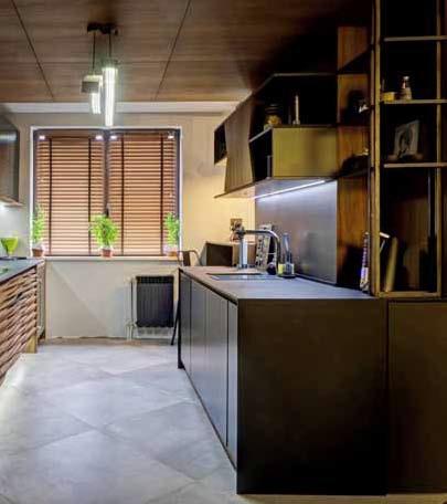 Каменният плот е добро решение за кухнята